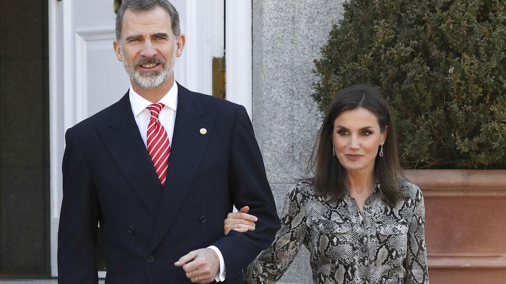 Rey Felipe VI regaña a Letizia en público