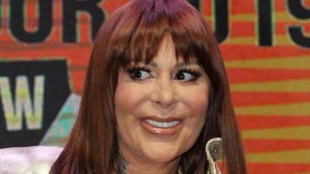 Alejandra Guzmán riendo