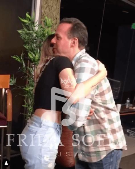 Frida Sofía y José Joel se encuentran; fans les proponen dueto