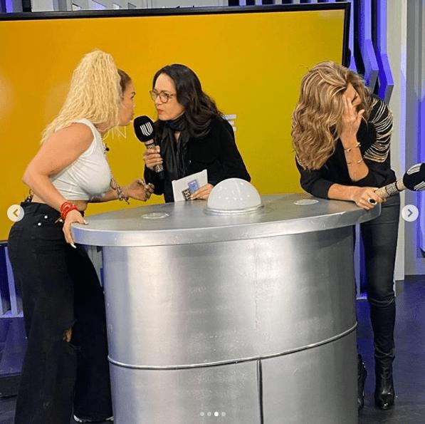 Niurka se besa con Yolanda Andrade en programa