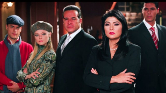 Victoria Ruffo se reencuentra con el elenco de La Madrastra