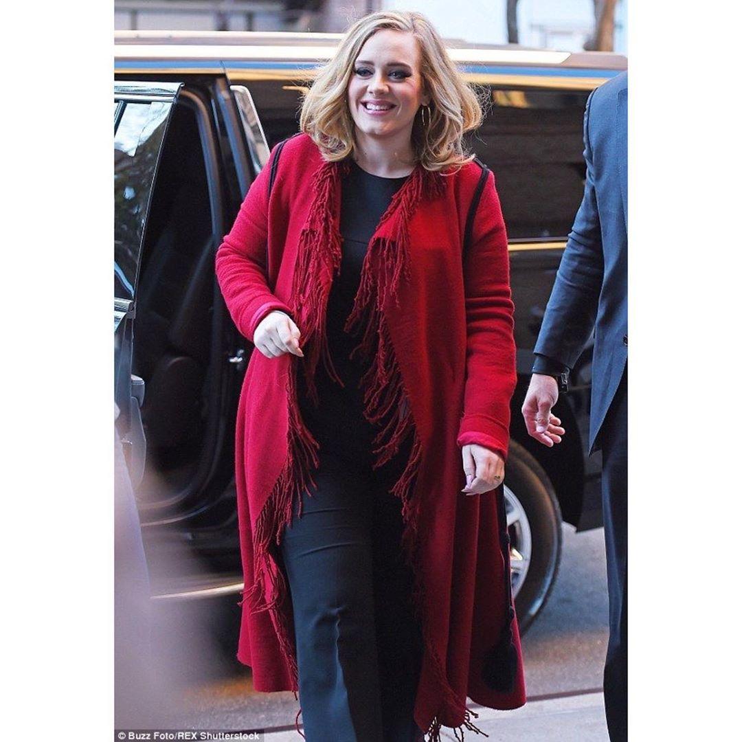 ¿De dónde salió la foto de Adele pelona?