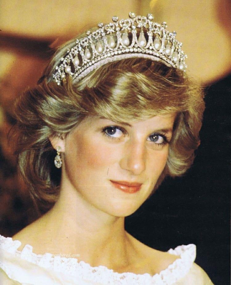 Anonymous asegura que Lady Di fue asesinada por ordenes de la familia real