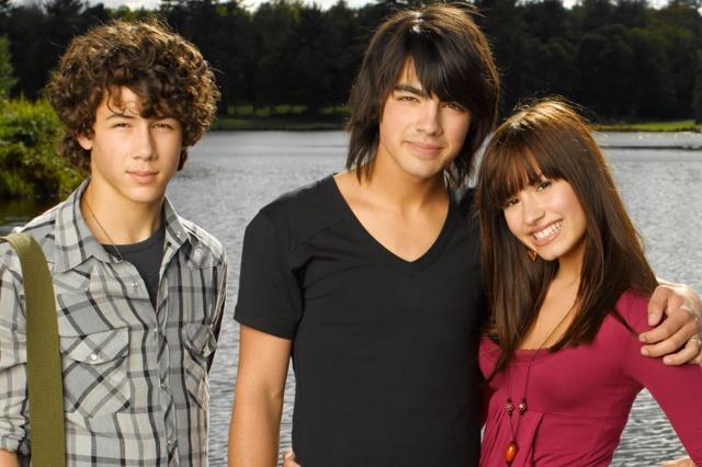 Demi Lovato habla de sus trastornos alimenticios y culpa a Disney por ellos.