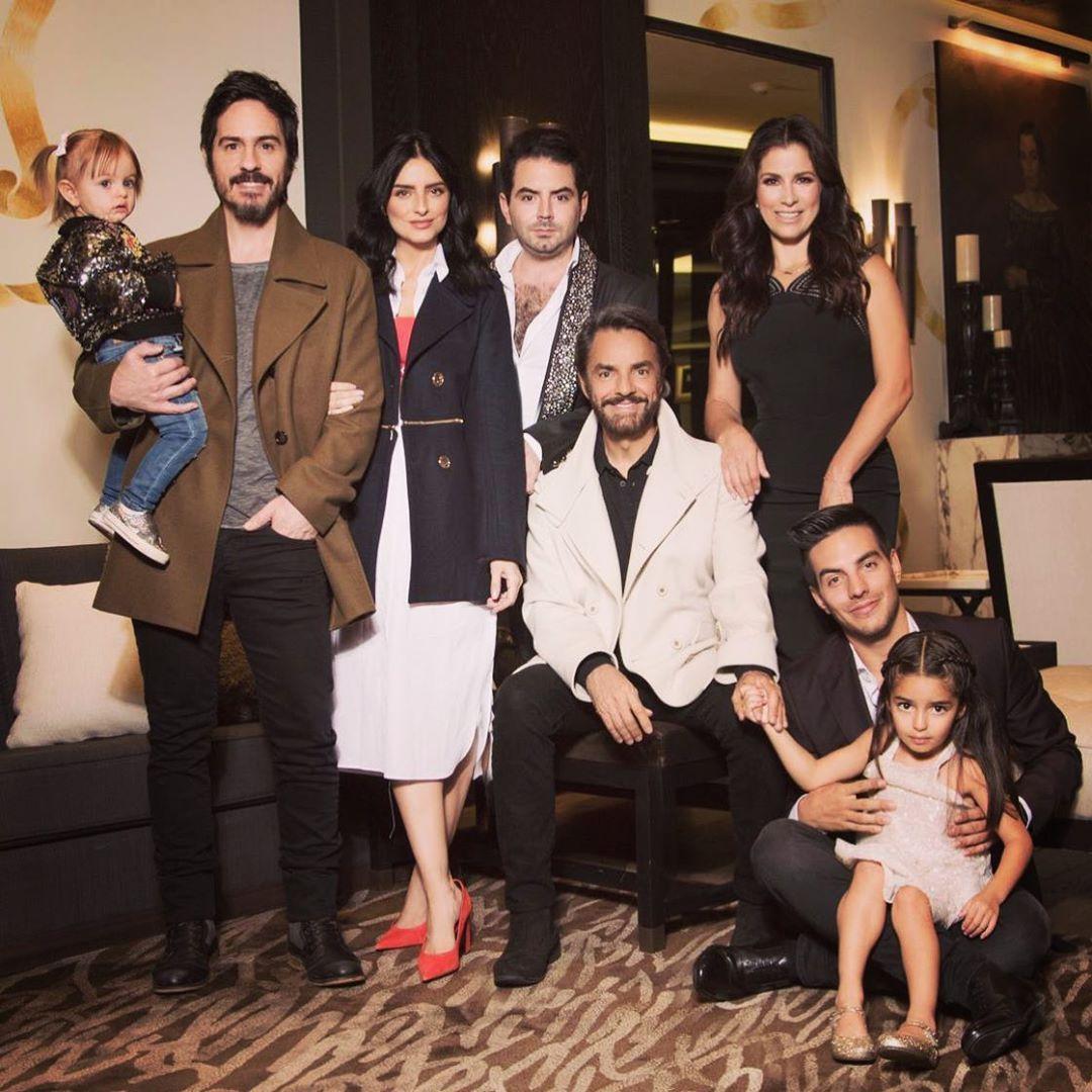Vadhir Derbez reveló sintió celos hermanos por ser favorito