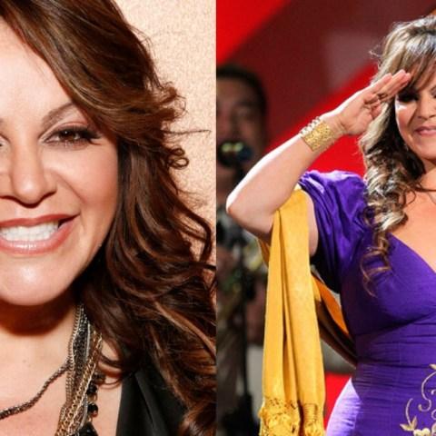 """Jenni Rivera: Lanzan cubrebocas de """"la Diva de la Banda"""""""