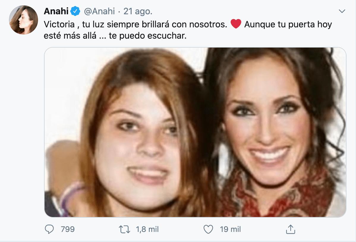 Integrantes de RBD lamentan la muerte de su fan Victoria