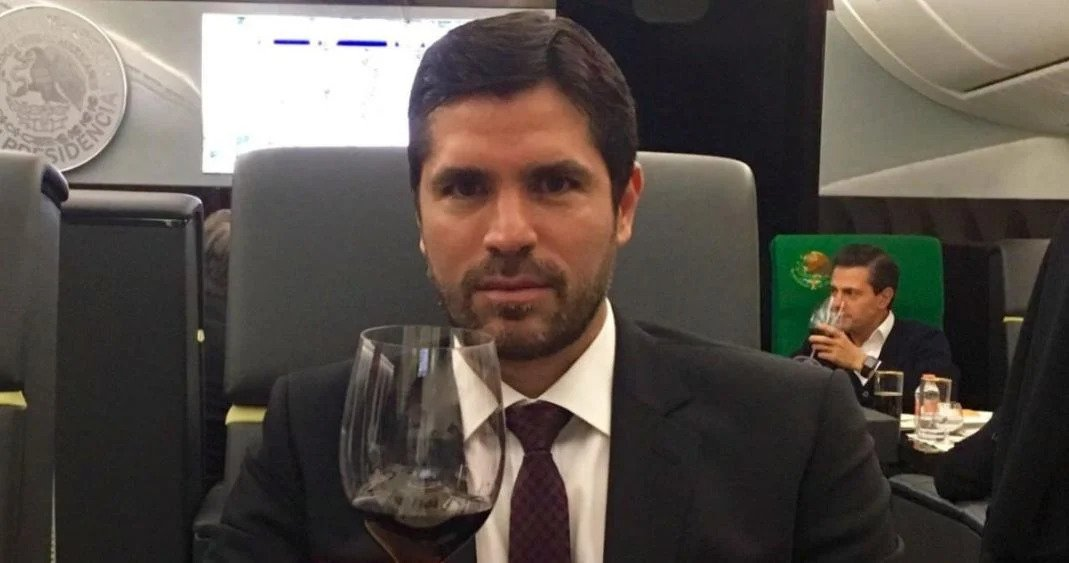 Eduardo Verastegui Avión presidencial