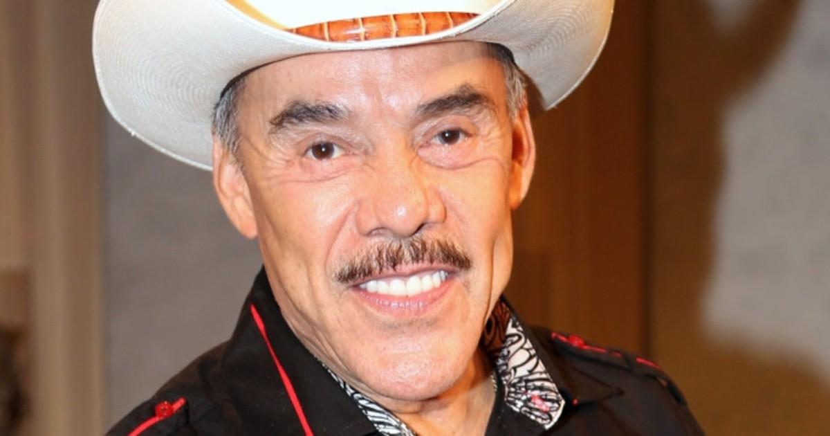 Chiquis Rivera se disculpó con su familia por no contarles de la separación