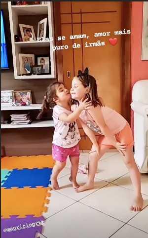Las niñas del video viral del pastel Maria Eduarda y Maria Antonia