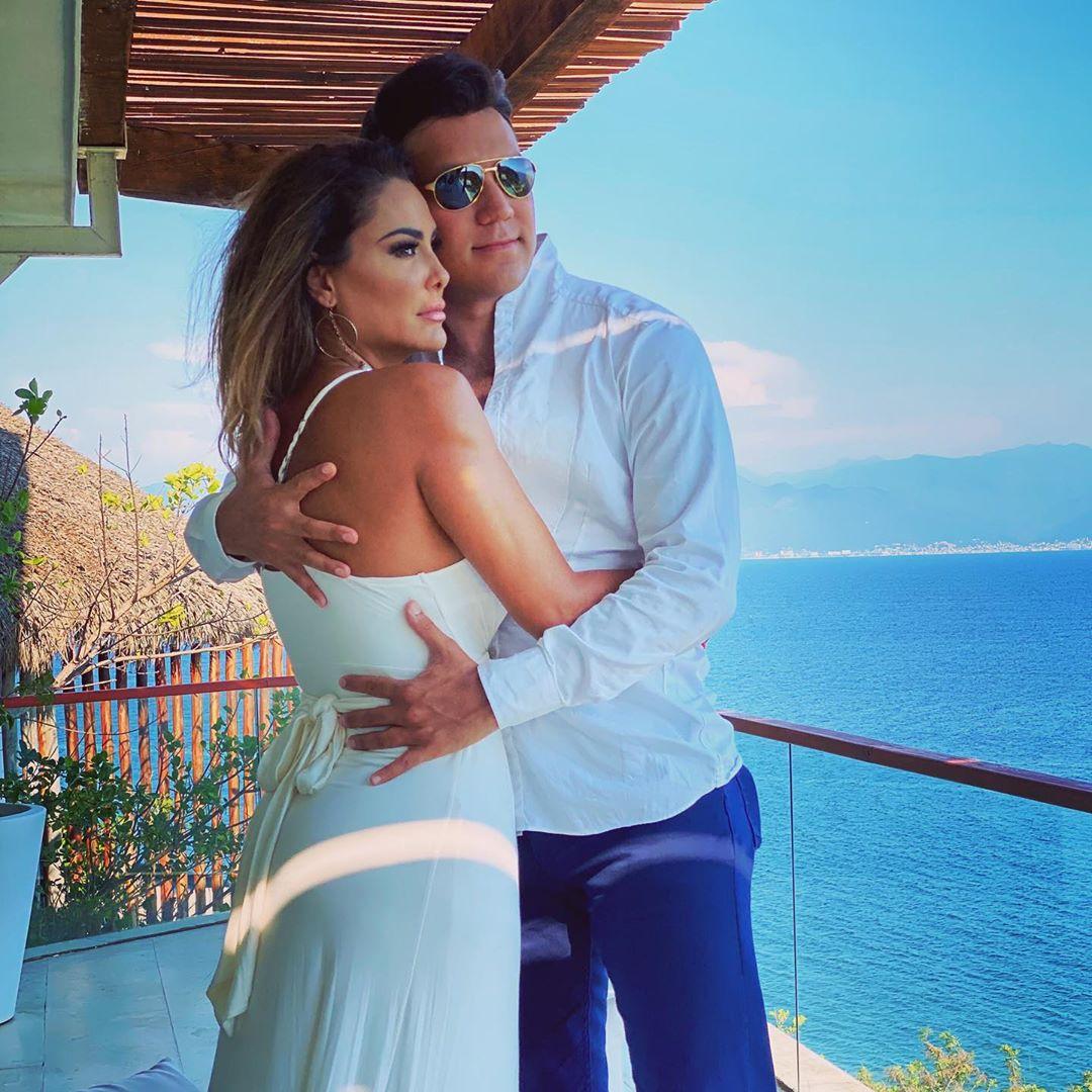 Ninel Conde pago todo para su boda con Larry Ramos