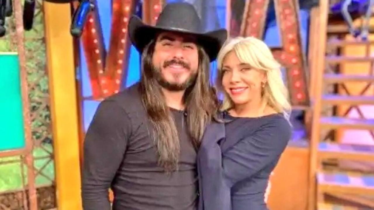 Cynthia Klitbo y el Rey Grupero