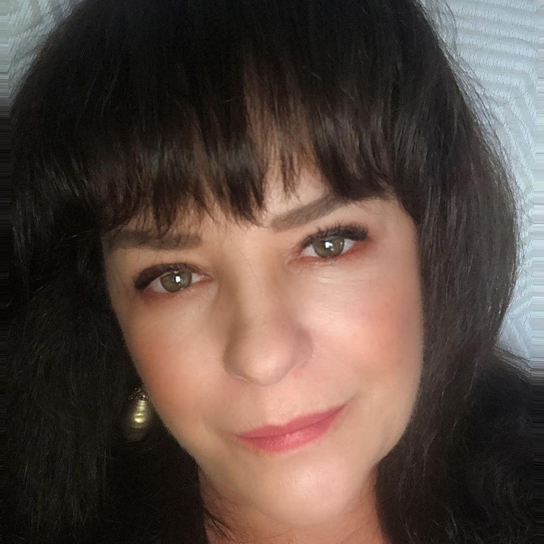 Isabel Lascurain de Pandora se divorcia y separa de su esposo