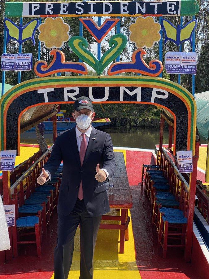 Caravana en apoyo a Trump Xochimilco
