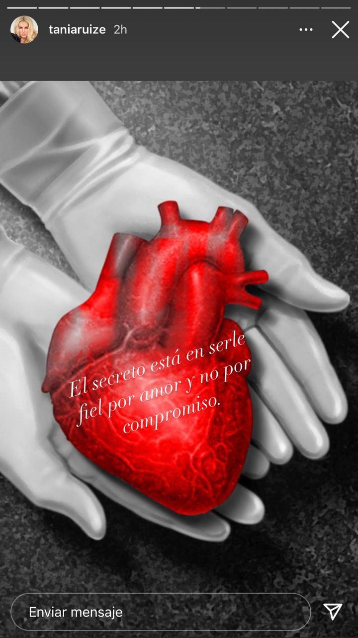 Tania Ruiz publica foto de un corazón en sus historias de Instagram