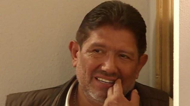 Juan Osorio delicado por covid-19