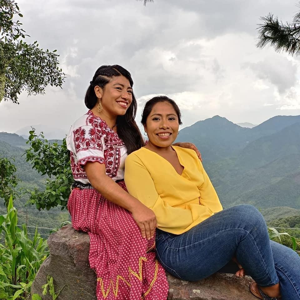 Yalitza Aparicio y maria Reyna