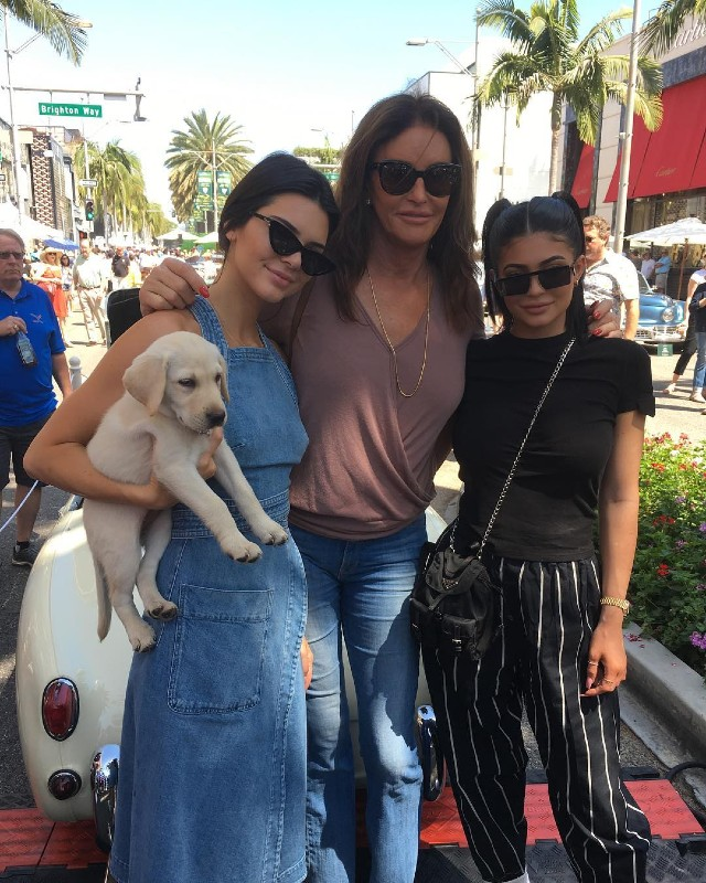 Caytlin jenner con kendall y kyle jenner