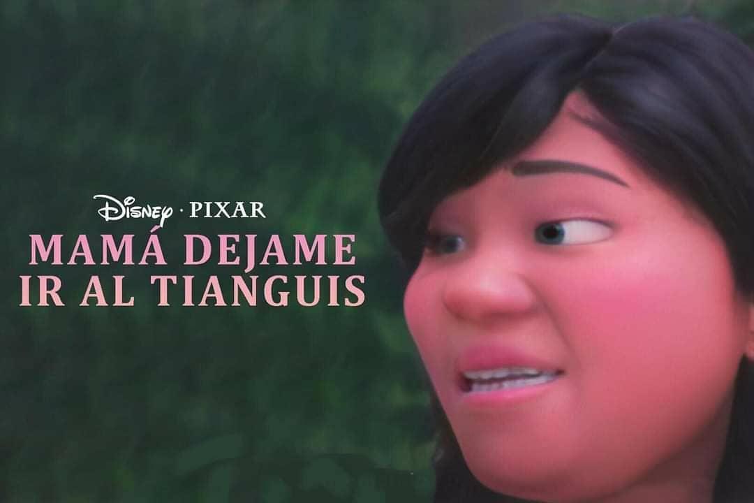 Niña tianguis Disney Pixar