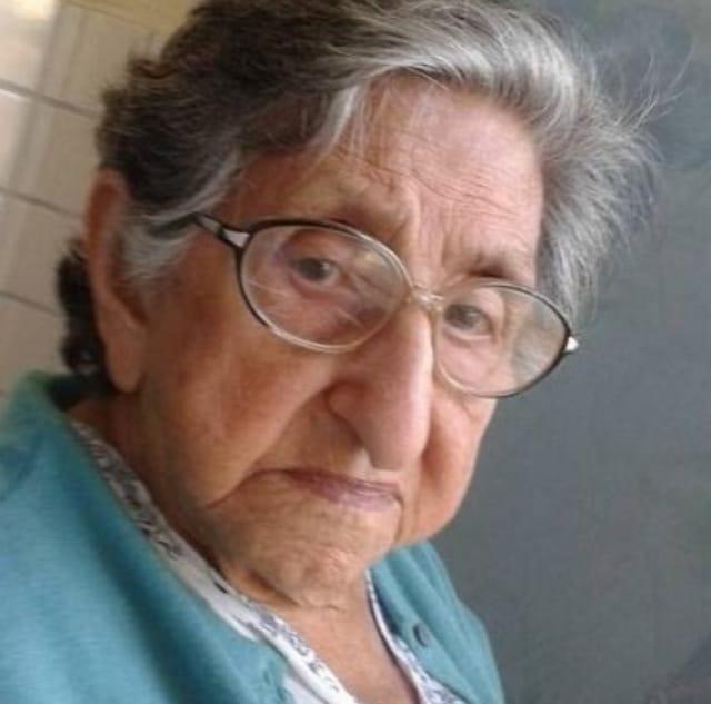Abuela Edna Alva