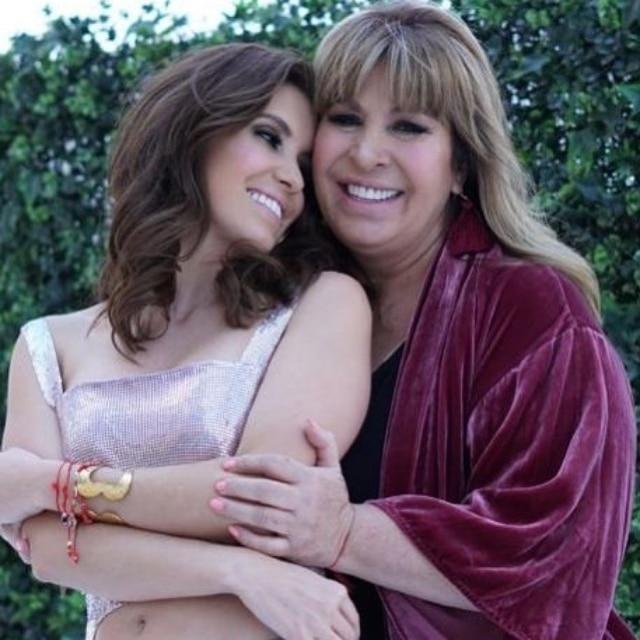 Magda y Andrea su hija