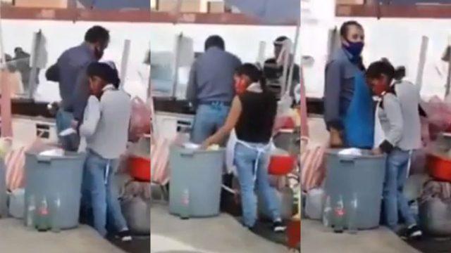 Lady Reciclaje: Mujer es grabada sacando platos de la basura para reusarlos en puesto de comida