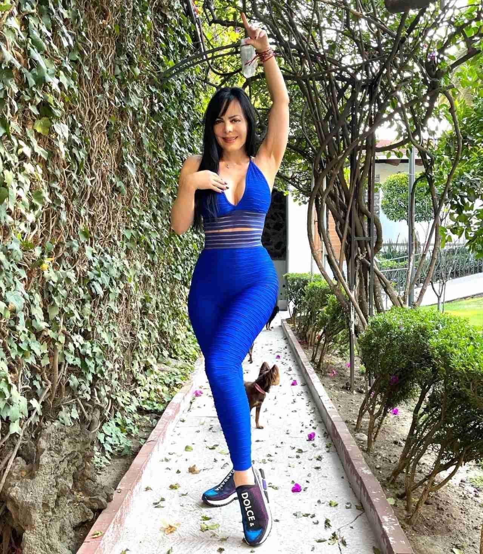 Maribel Guardia con look deportivo