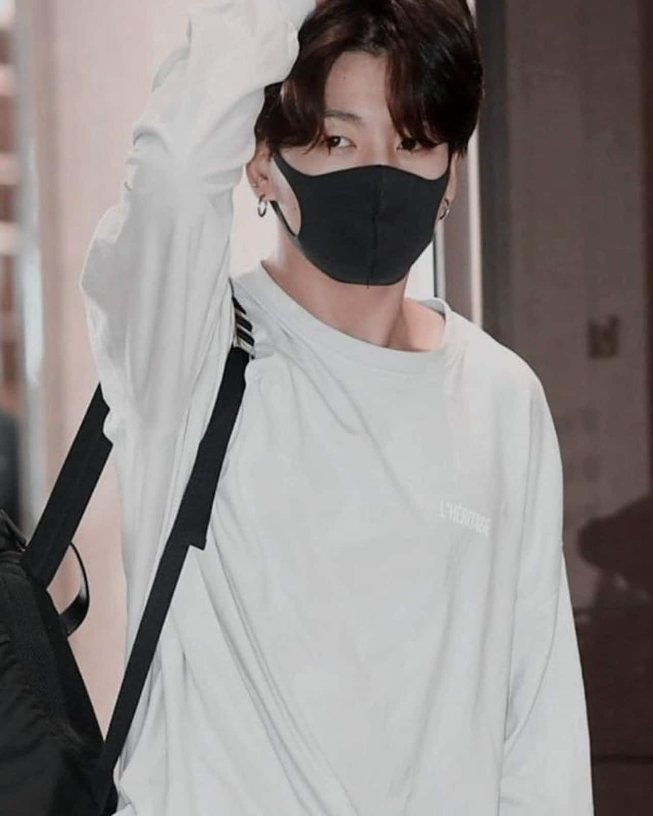 Jungkook BTS con cubrebocas