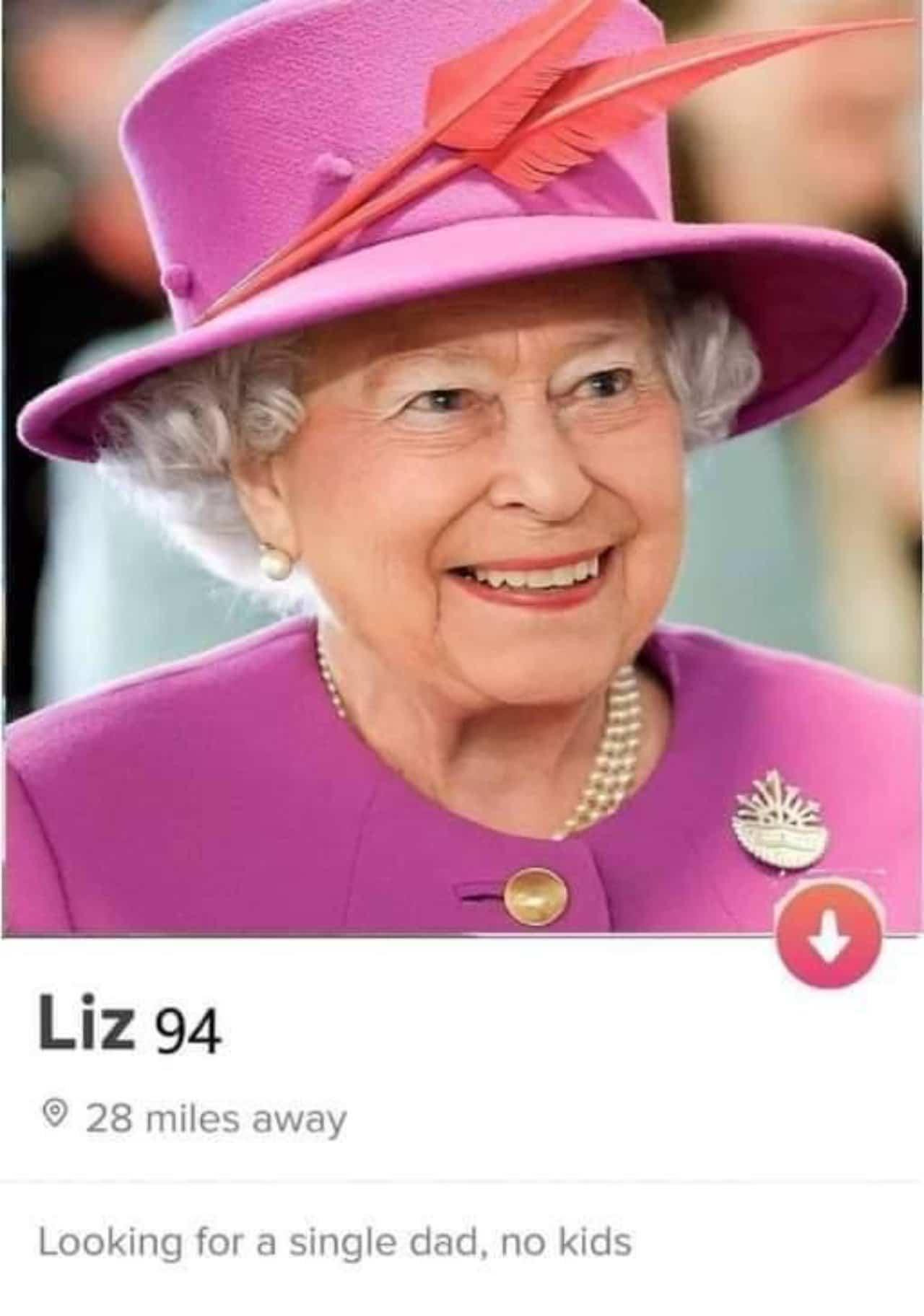 Meme Reina Isabel tinder muerte Felipe