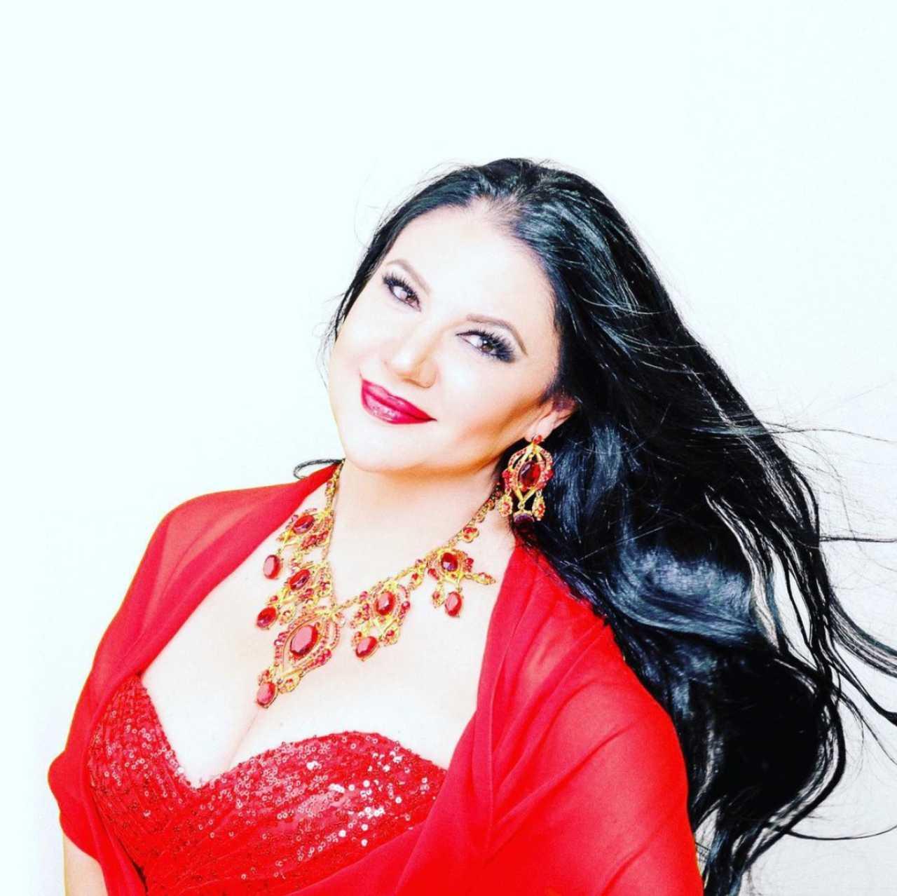 Alejandra Ávalos asegura que es virgen