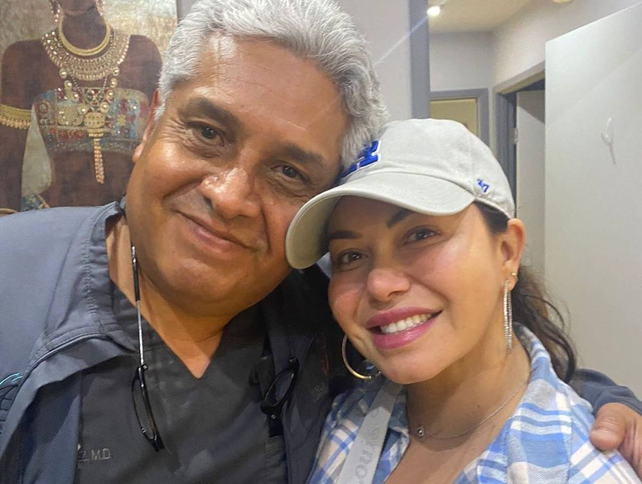 Chiquis Rivera bajo de peso agua de limón cirujano exhibe fotos