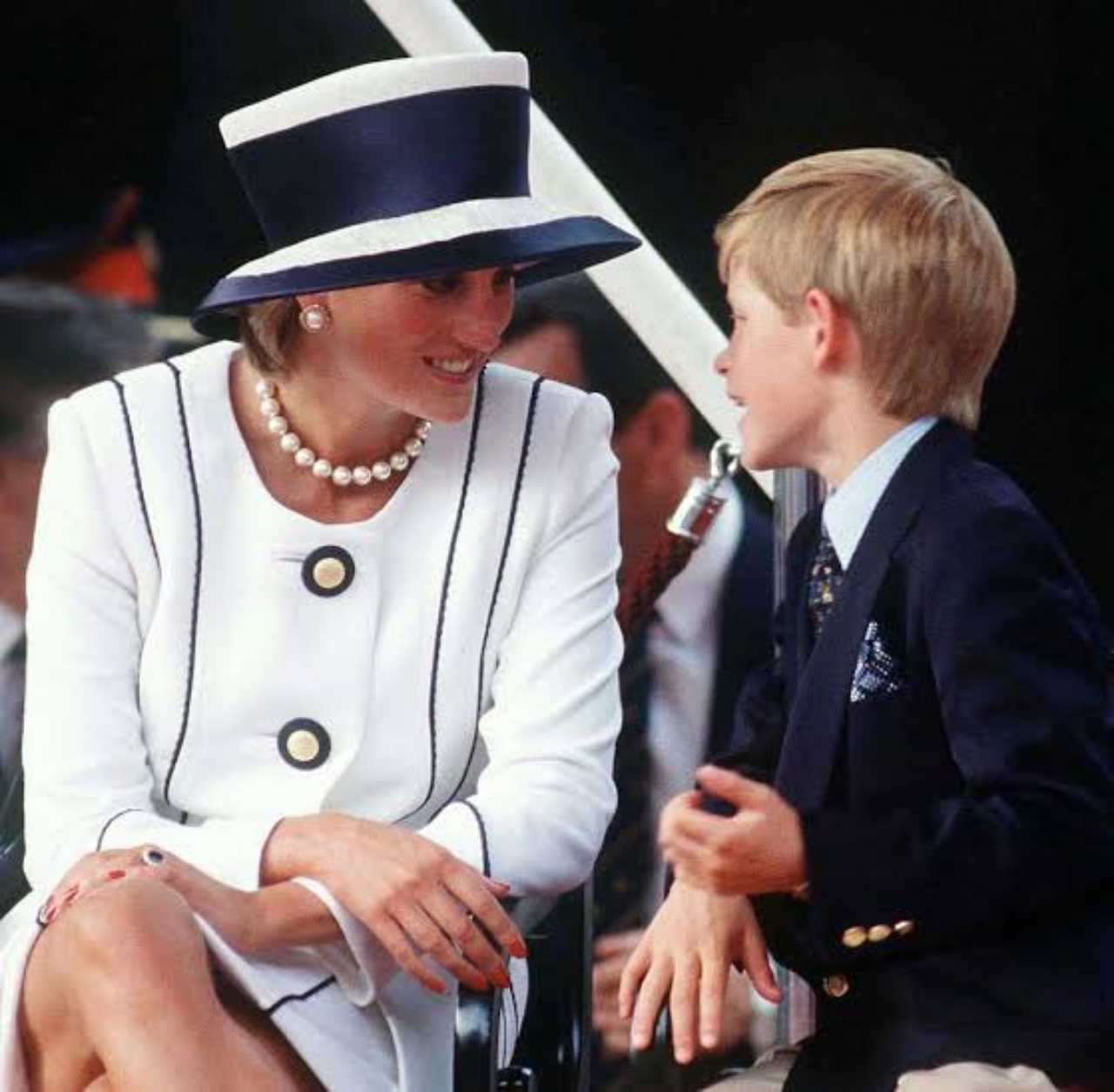 Harry adquirió mucha ira cuando murió la princesa Diana