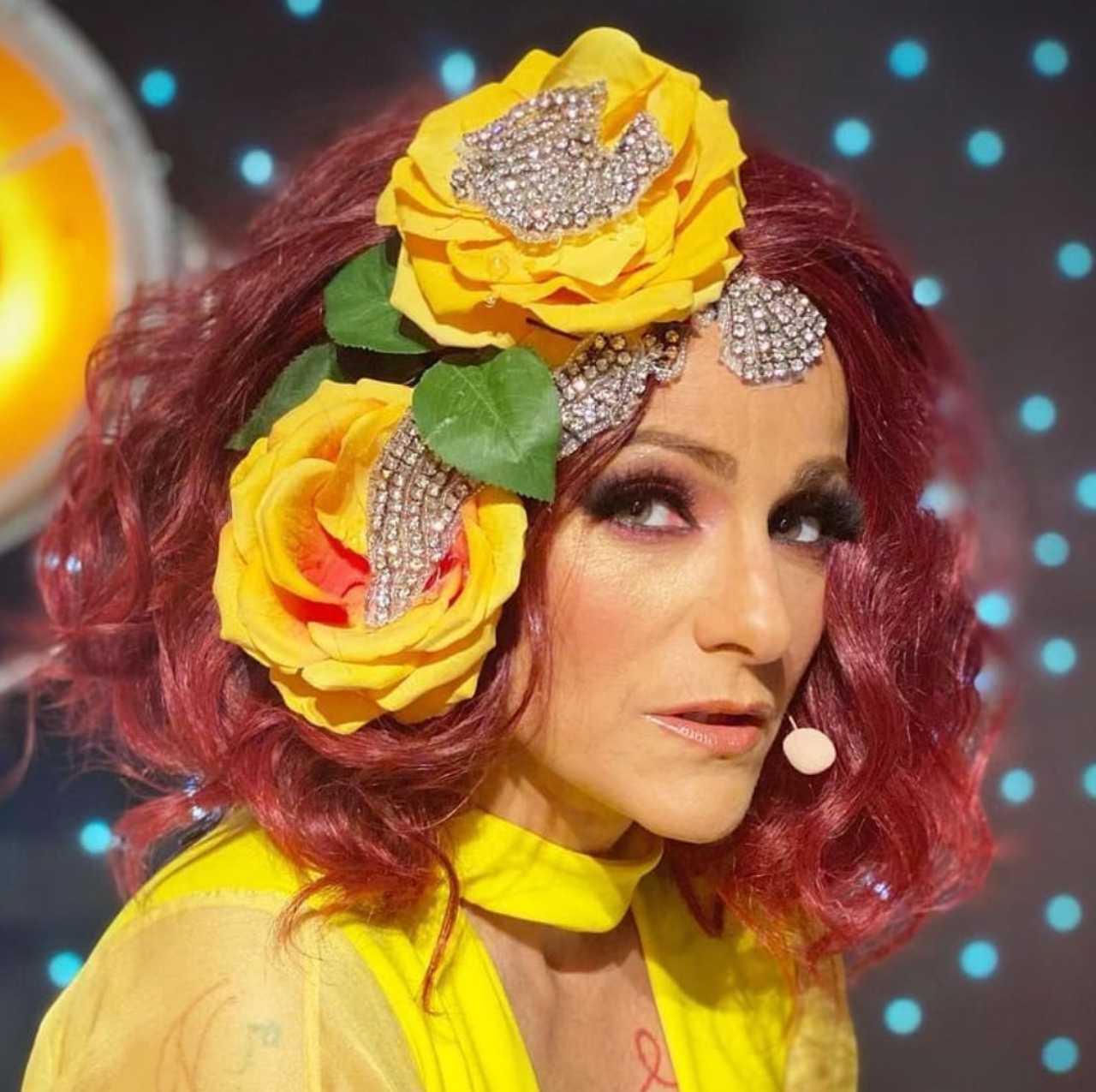 Lola Cortés defiende presentación de Laura Bozzo