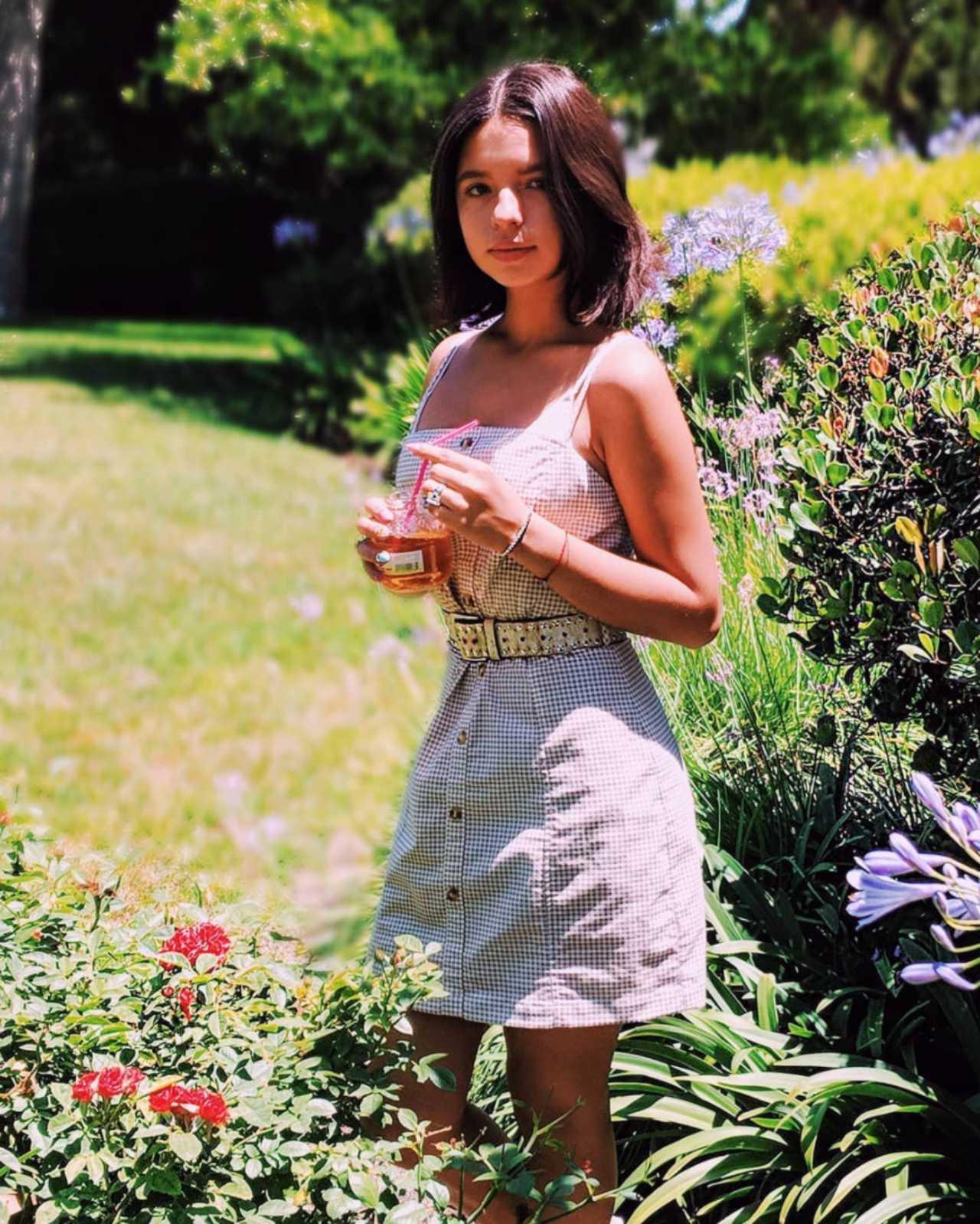 Angela Aguilar y sus lujos