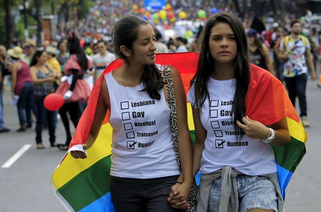 Las lesbis caminando