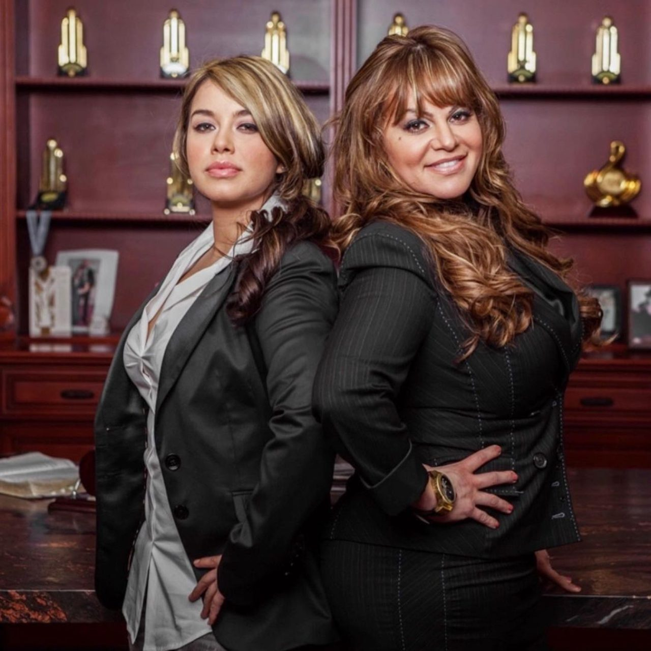 Chiquis Rivera y Jenni Rivera juntas