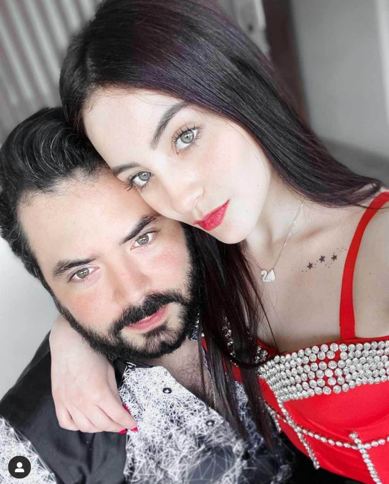 José Eduardo Derbez con su novia