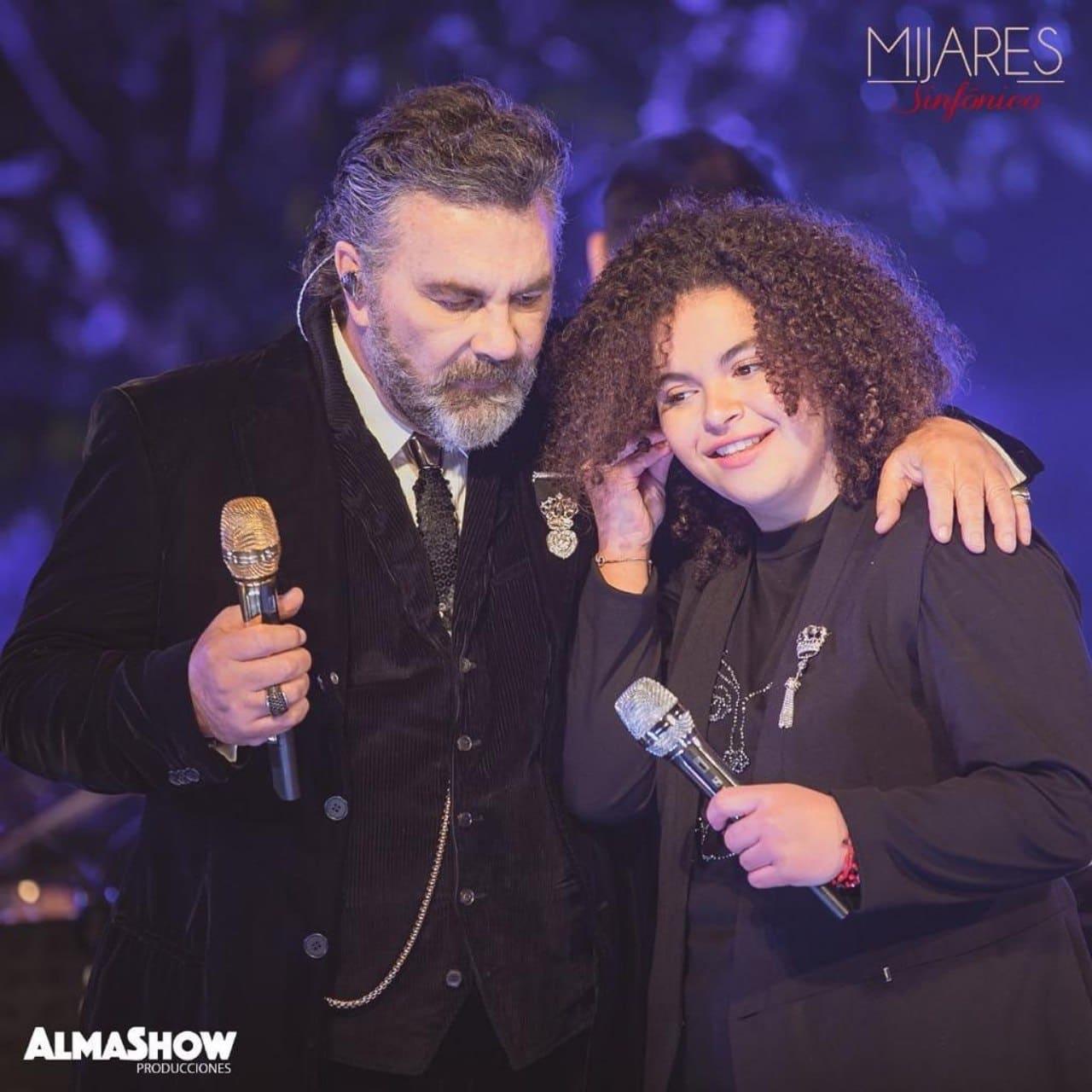 Lucero Mijares con papa en debut