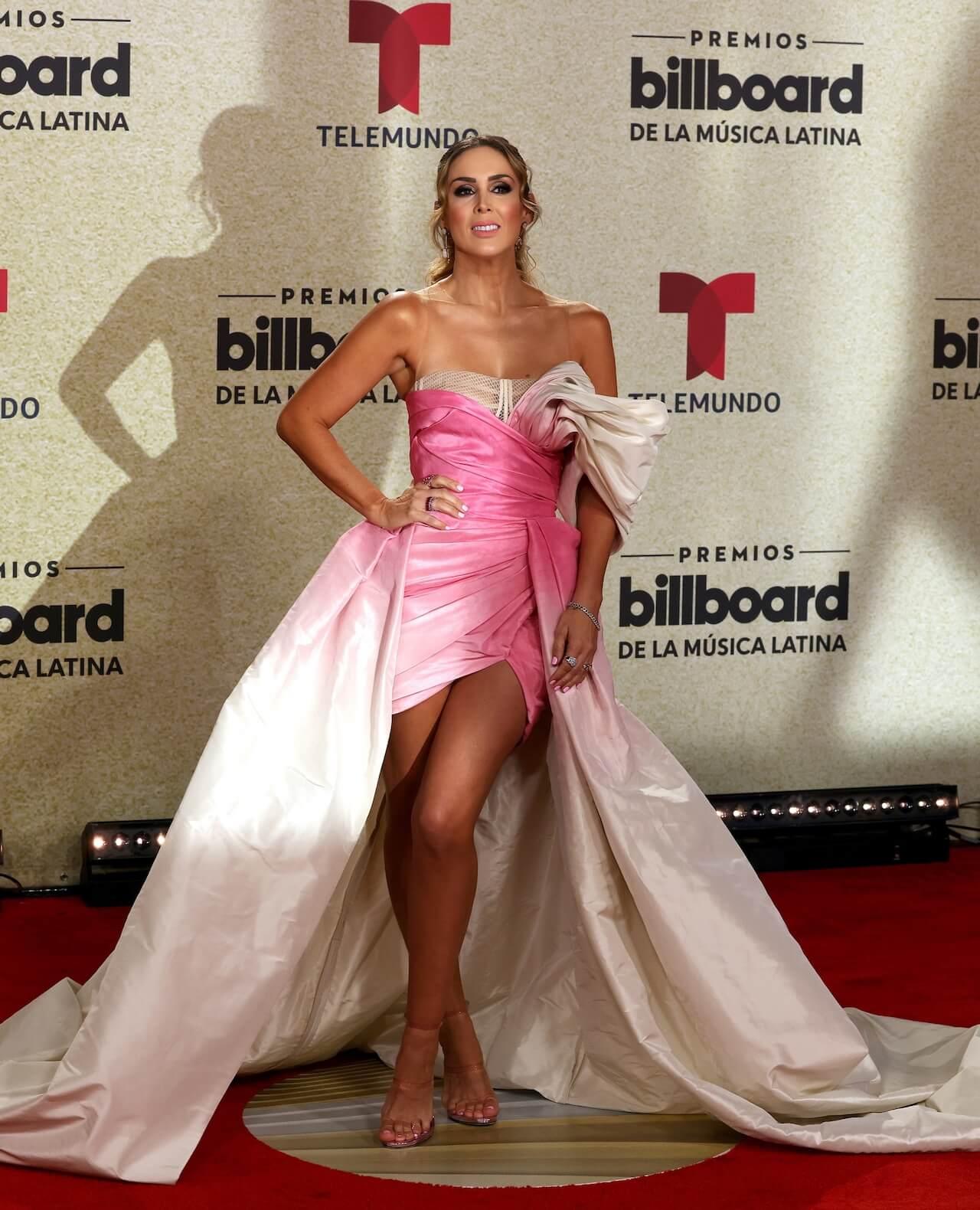 Jacky Bracamontes Premios Billboard Latinos 2021