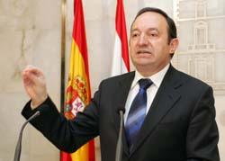 Pedro Sanz, presidente de La Rioja y de la asociación de amigos del Concierto Económico.