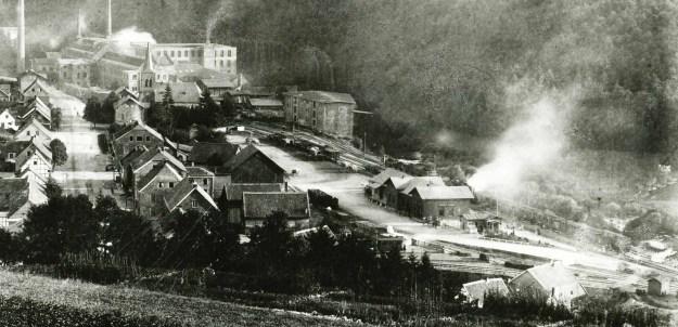 Ermen & Engels, das Fabrikgelände ist mit Schienen erschlossen