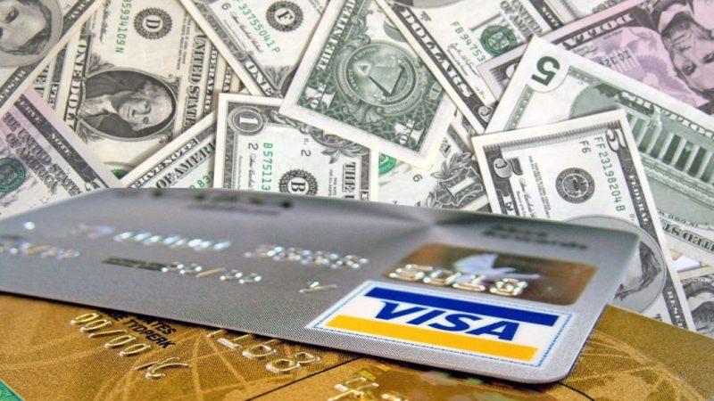 Contanti, Bancomat, carta? Gestire i soldi in viaggio minimizzando rischi e costi