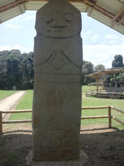 Statua a S. Augustin