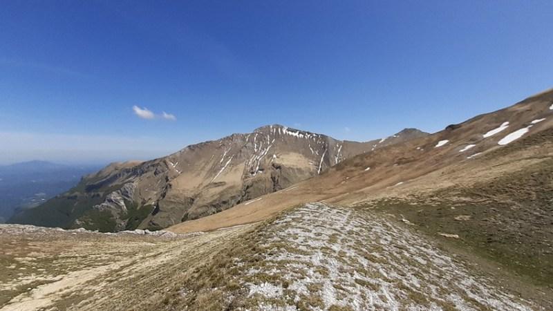 Trekking Sibillini: Pizzo Acuto attraverso la Valle del Fargno (Percorso E5)