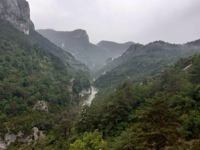 Pirenei 2021 - giorno #3 - Pioggia, lavanda e sorprese