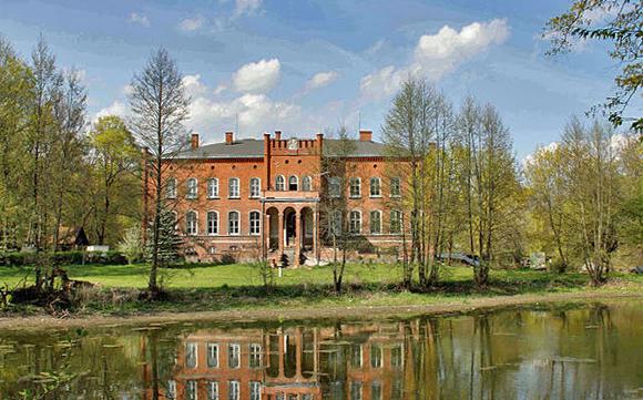 Schloss Juditten (Judyty), Geburtsort des Ex-BMW-Chefs von Kuenheim