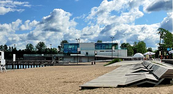 Stadtstrand Olsztyn am Ukiel-See zu Saisonbeginn, Foto: © B.Jäger-Dabek