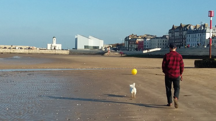 Ernie and Nick in front of the Turner Contemporary art gallery on Margate Beach