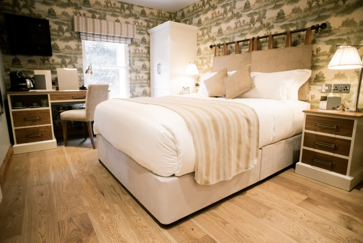 Bedroom at the Cromwell Arms, Romsey