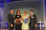 Laudator Hans-Joachim Wunderlich (Hauptgeschäftsführer IHK Chemnitz); Preisträger Nadine Oberhuber, Marlies Uken und Sascha Venohr (Zeit Online)
